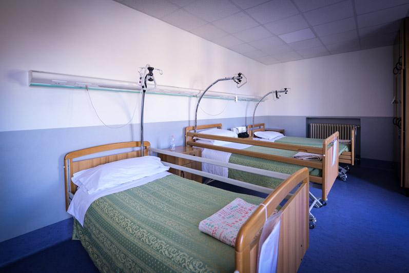 Camera tripla residenza per anziani non autosufficienti
