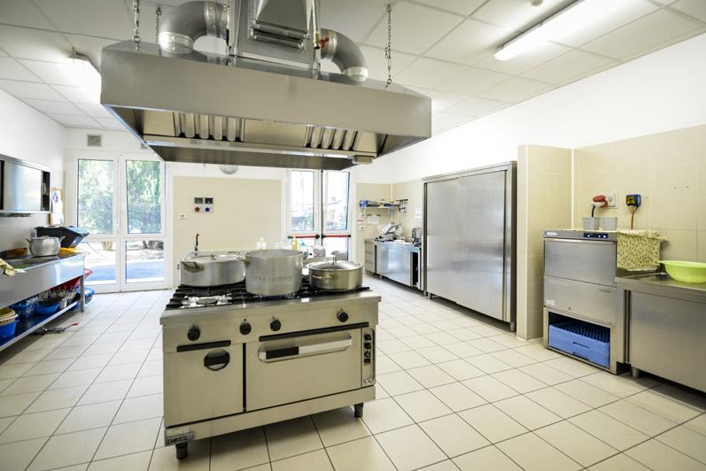 VILLA SERENA dopo la ristrutturazione la nostra cucina è ancora più ampia e funzionale