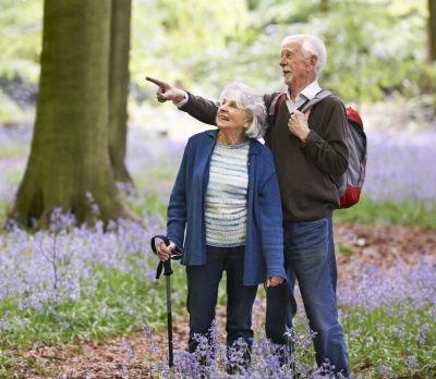 Fitwalking: l'attività fisica adatta agli anziani