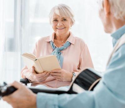 I benefici della musicoterapia per gli anziani
