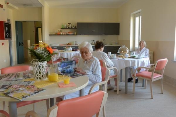 Colazione in casa di riposo Villa Serena