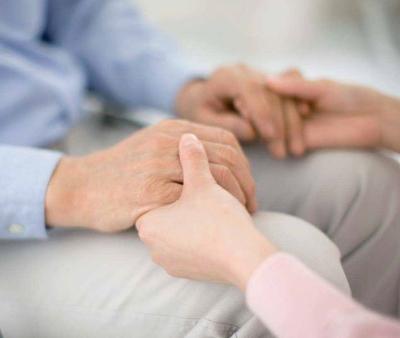 Come combattere la disfagia negli anziani