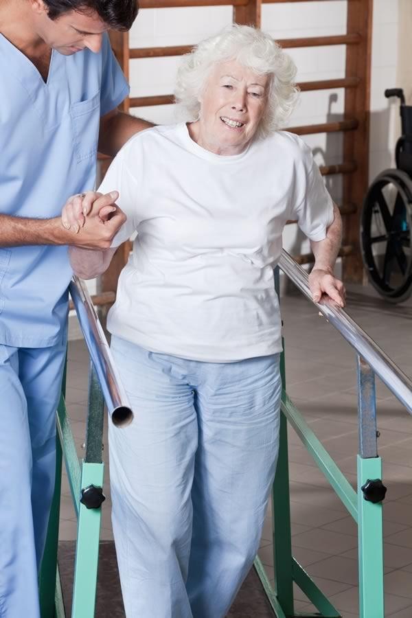 Importanza della fisioterapia per l'anziano in casa di riposo o rsa
