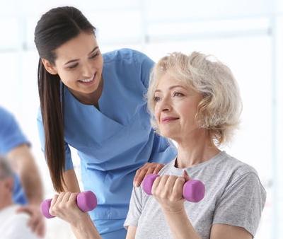 Riabilitazione: quali sono i migliori esercizi per anziani?