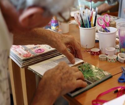 Quali sono i migliori hobby per anziani?