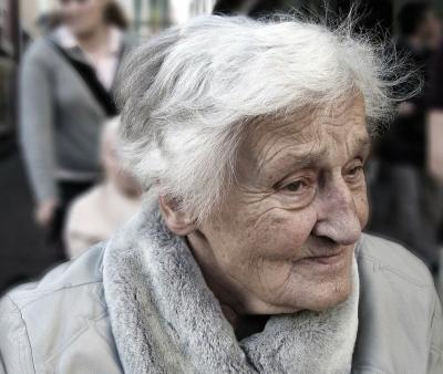 L'importanza degli integratori alimentari per anziani