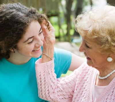 Il prezioso ruolo dell'anziano nella società