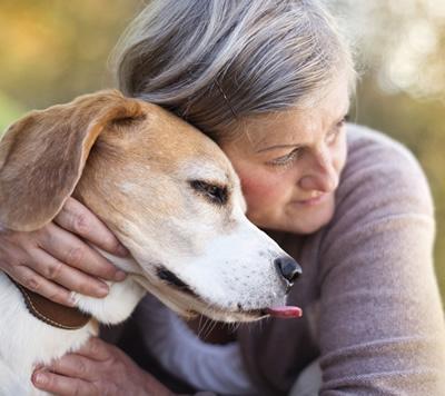 Amici a quattro zampe: preziosi alleati per sconfiggere stati di ansia nell'anziano